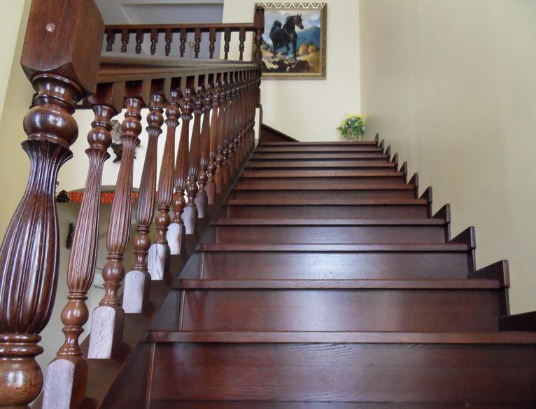 дагестанец это дубовые лестницы фото узлы своеобразные